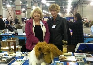 Photo of Robette at the CHF auction table.